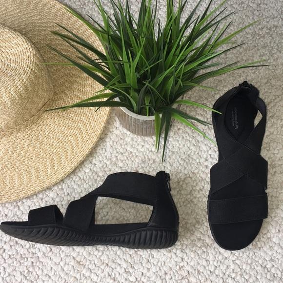 11649e464 Solesenseability black memory foam sandals. M 5b4e0e939264af94b985cf24